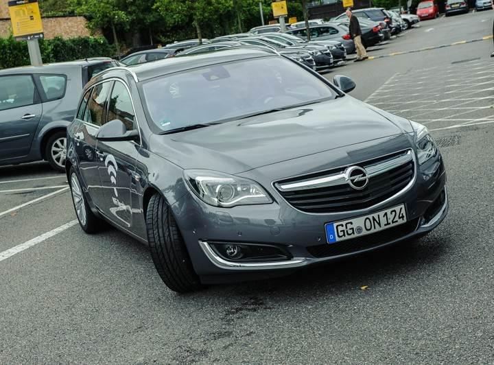 Opel_OnStar_Connected_Car_017