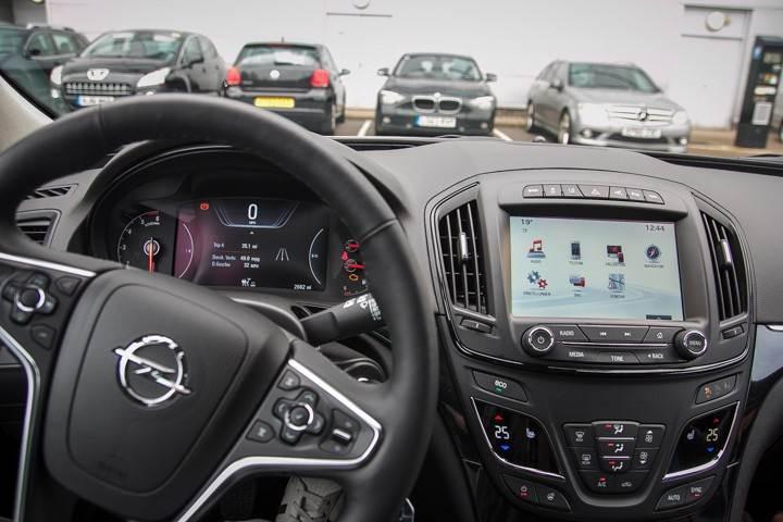 Opel_OnStar_Connected_Car_023