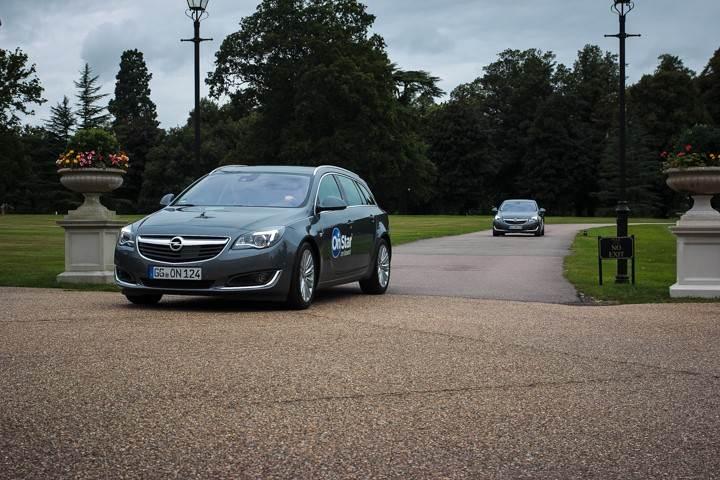 Opel_OnStar_Connected_Car_024