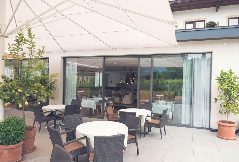 Hotel Schwarzschmied in Lana_002