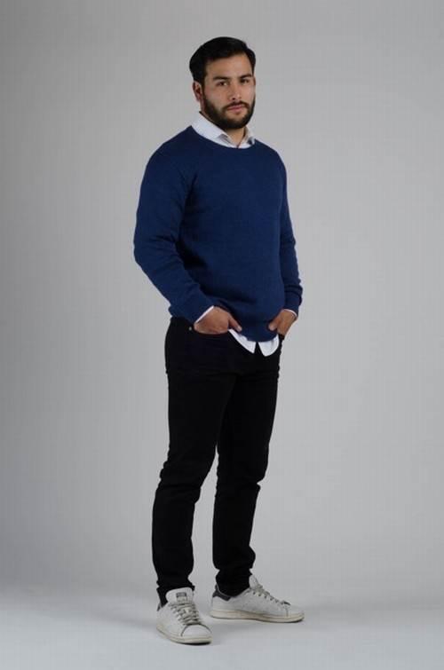 virtu-hemd-pullover-kurzportrait-3