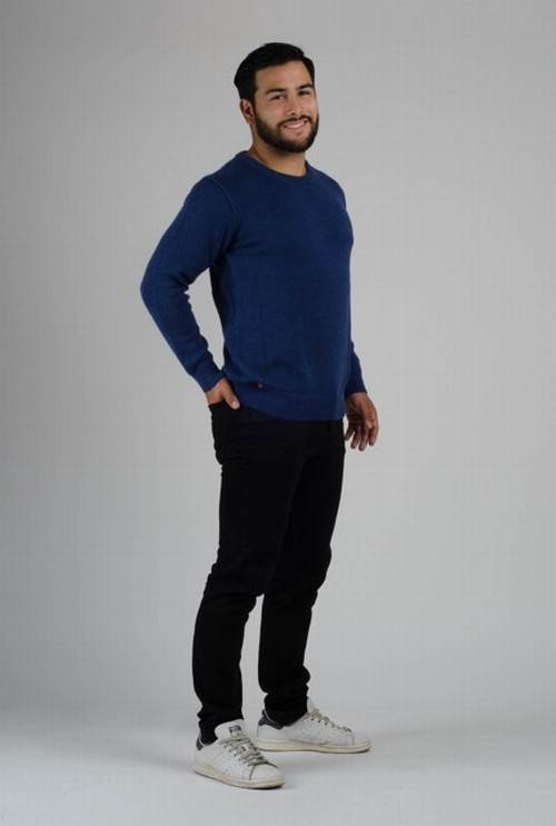 virtu-hemd-pullover-kurzportrait-4
