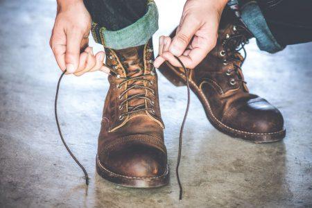 Sieben Arten deine Stiefel zu tragen