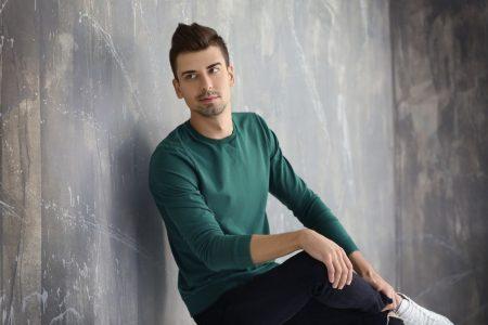 Sweatshirt ein Klassiker im Alltag - so trägt man es